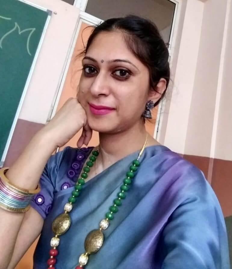 Ms Upma Khanna